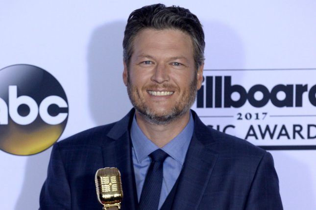 Watch: Blake Shelton says Adam Levine cried on New Year\'s Eve on ...