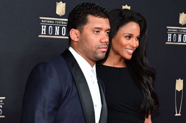 Russell Wilson surprised his mom with a new house for Mother's Day