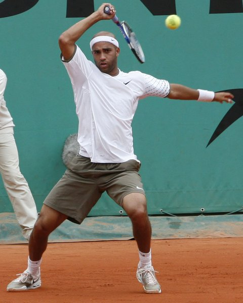 James Blake, shown during the 2008 French Open, advanced Friday to the semifinals of the Gerry Weber Open tournament in Germany.