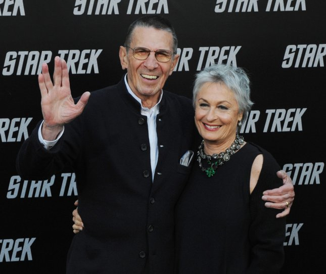Leonard Nimoy, a cast member in the sci-fi adventure motion picture Star Trek, attends the premiere of the film with his wife Susan Bay at Grauman's Chinese Theatre in the Hollywood section of Los Angeles on April 30, 2009. (UPI Photo/Jim Ruymen)