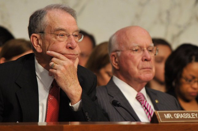 Senate Judiciary Committee Ranking Member Sen. Chuck Grassley (R-IA) (L) and Chairman Patrick Leahy (D-VT). (File/UPI/Kevin Dietsch)