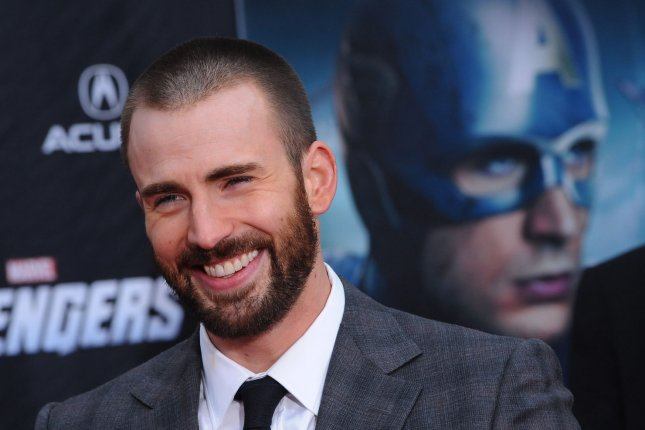 Chris Evans, a cast member in the sci-fi motion picture The Avengers, attends the premiere of the film at the El Capitan Theatre in the Hollywood section of Los Angeles on April 11, 2012. UPI/Jim Ruymen
