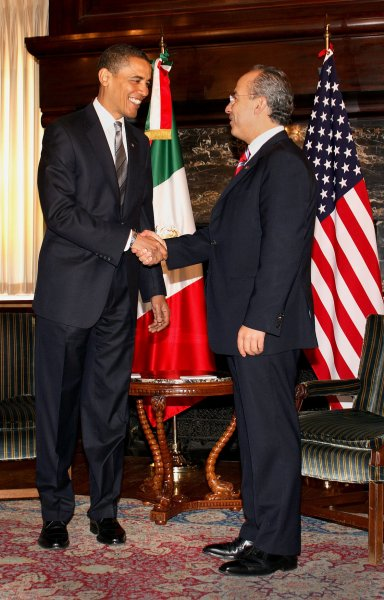 President-Elect Barack Obama meets with Mexican President Felipe Calderon at the Mexican Cultural Institute in Washington on January 12, 2009. (UPI Photo/Martin H. Simon/POOL)