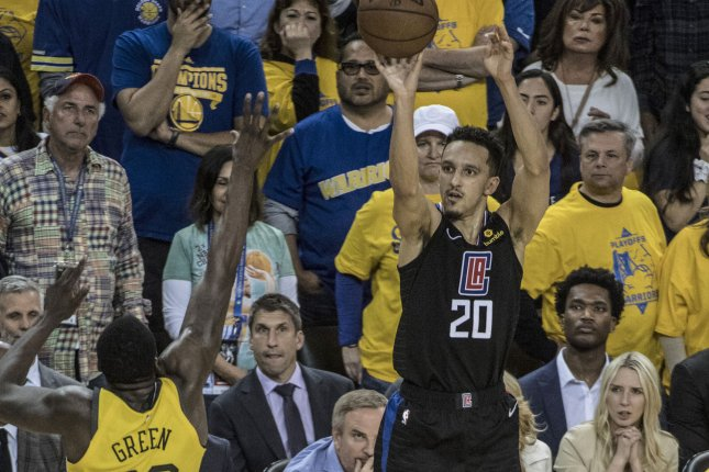 d8230d7b9df Watch  Clippers upset Warriors with biggest comeback in NBA playoff ...