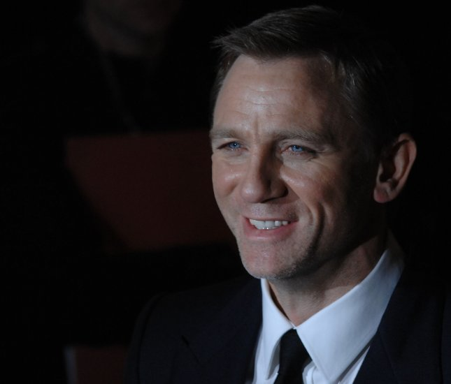 British actor Daniel Craig attends the world premiere of The Golden Compass at Odeon, Leicester Square in London on November 27, 2007. (UPI Photo/Rune Hellestad)