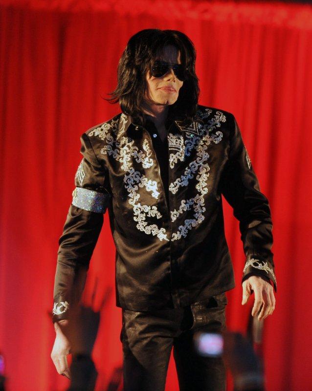 Michael Jackson Jadi Selebriti Meninggal Berpenghasilan Tertinggi
