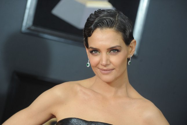 Katie Holmes enjoyed dessert with Jamie Foxx and her mom on her birthday. File Photo by Dennis Van Tine/UPI