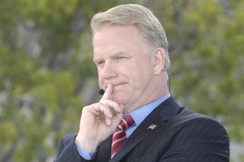 CBS broadcaster Boomer Esiason. (UPI Photo/Joe Marino-Bill Cantrell)