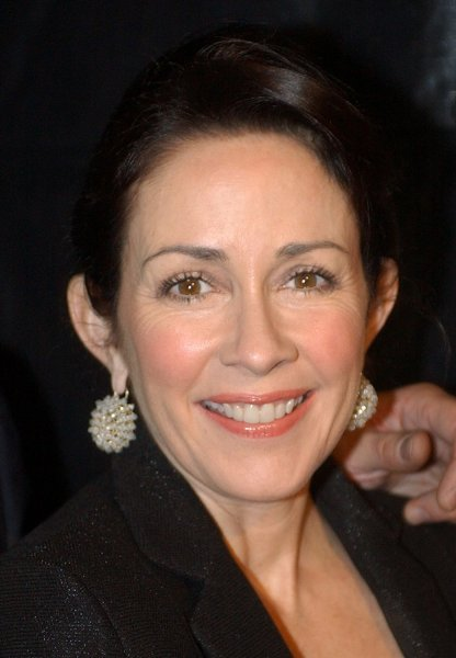 Patricia Heaton arrives at the Los Angeles premiere of Billy Crystal's play 700 Sundays January 12, 2006, in Beverly Hills, Calif. (UPI Photo/John Hayes)
