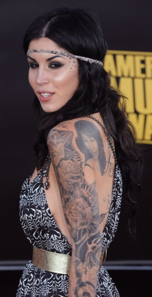 Tattoo artist Kat Von D arrive at the 2008 American Music Awards in Los Angeles on November 23, 2008. (UPI Photo/Jim Ruymen)