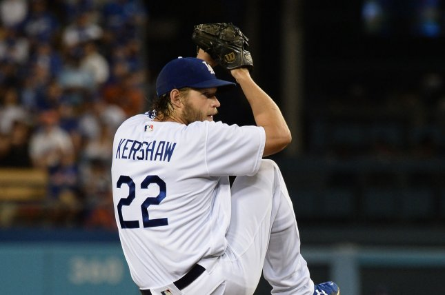 14ece1e76 Clayton Kershaw wins 15th game as Los Angeles Dodgers edge Chicago White Sox