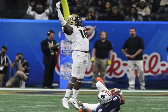 University of Central Florida Knights linebacker Shaquem Griffin (18) reacts after sacking Auburn Tigers quarterback Jarrett Stidham (8) during the Chick-fil-A Peach Bowl NCAA football game on January 1, 2018 at Mercedes-Benz Stadium in Atlanta. Photo by David Tulis/UPI