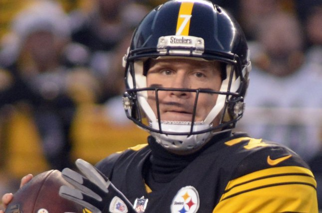 Pittsburgh Steelers quarterback Ben Roethlisberger (7) steps back to pass in the first quarter against the Baltimore Ravens at Heinz Field in Pittsburgh on December 25, 2016. Photo by Archie Carpenter/UPI