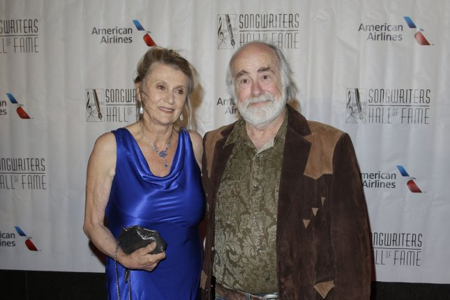 Grateful Dead lyricist Robert Hunter (R) died Monday, according to a statement from his family. File Photo by John Angelillo/UPI