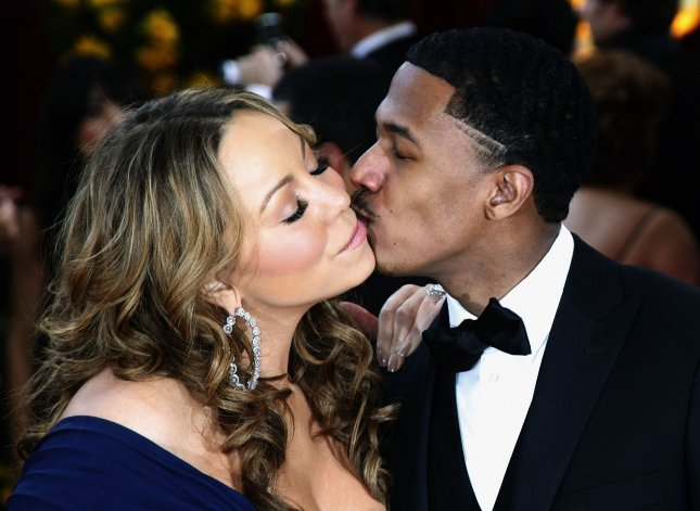 Mariah Carey and husband Nick Cannon arrive on the red carpet at the 82nd Academy Awards in Hollywood on March 7, 2010. UPI/David Silpa
