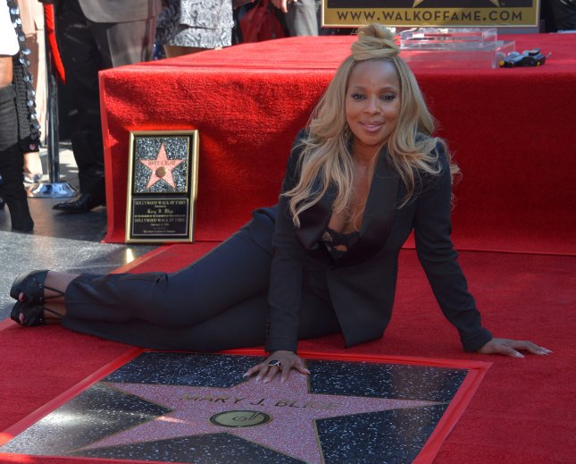 Singer and actress Mary J. Blige is confirmed as a presenter for the SAG Awards ceremony Jan. 21. Photo by Jim Ruymen/UPI