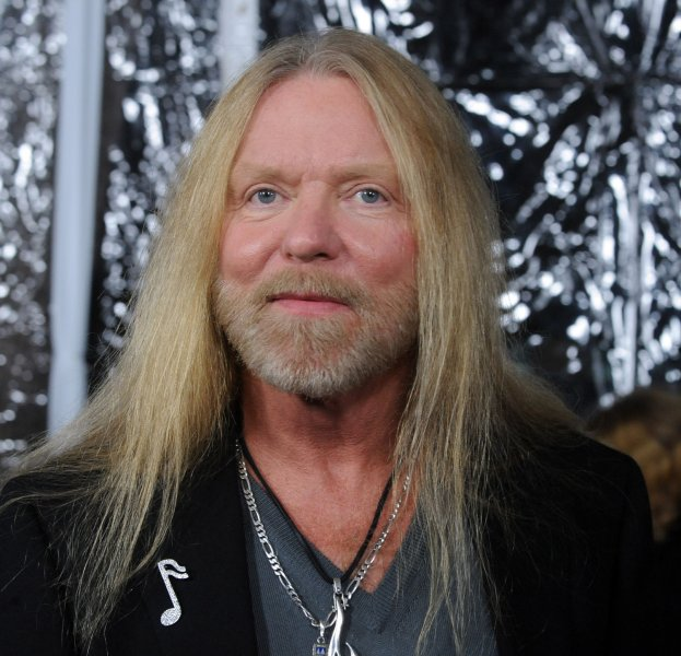 Musician Greg Allman attends the premiere of the motion picture drama Crazy Heart, at the Academy of Motion Picture Arts & Sciences in Beverly Hills, California on December 8, 2009. UPI/Jim Ruymen