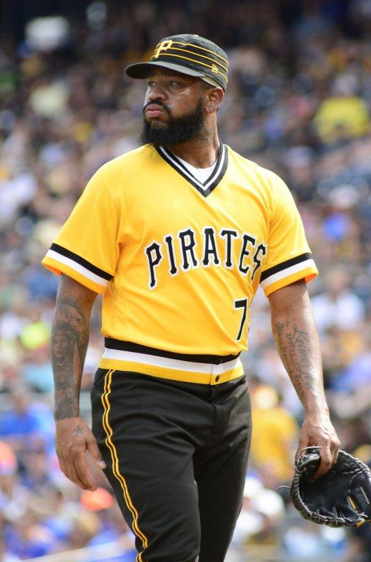 separation shoes 69d0c d2804 Pittsburgh Pirates pitcher Felipe Vazquez arrested on child ...