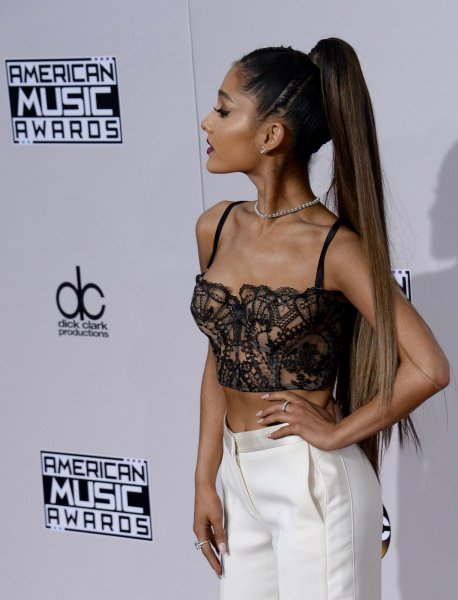Singer Ariana Grande arrives for the 2016 American Music Awards held at Microsoft Theater in Los Angeles on November 20, 2016. Photo by Jim Ruymen/UPI
