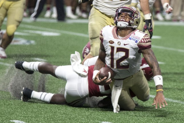 Florida State QB Deondre Francois to have knee surgery Tuesday