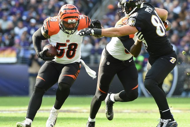 Dolphins sign MLB Rey Maualuga, per source