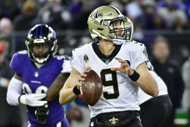 New Orleans Saints quarterback Drew Brees (9) looks downfield during the second half against the Baltimore Ravens on Sunday at M&T Bank Stadium in Baltimore, Maryland. Photo by David Tulis/UPI