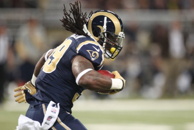 Former St. Louis Rams running back Steven Jackson runs the football in the first quarter against the Minnesota Vikings in 2012 at the Edward Jones Dome in St. Louis, Mo. File photo by Bill Greenblatt/UPI