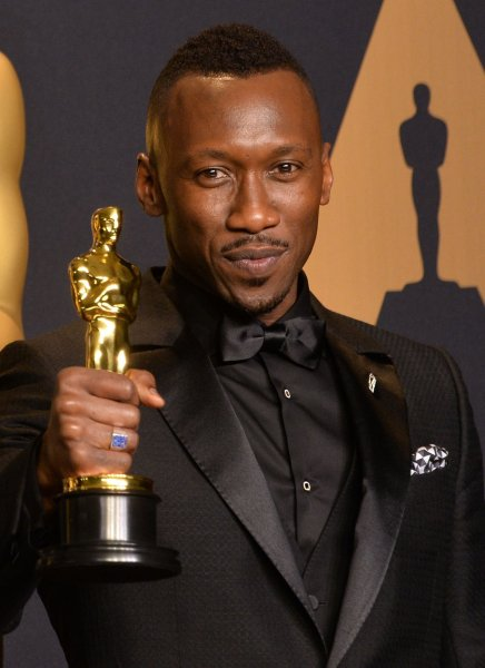 Actor Mahershala Ali, winner of the award for Actor in a Supporting Role for Moonlight, appears backstage during the 89th annual Academy Awards in Los Angeles on Sunday. Photo by Jim Ruymen/UPI
