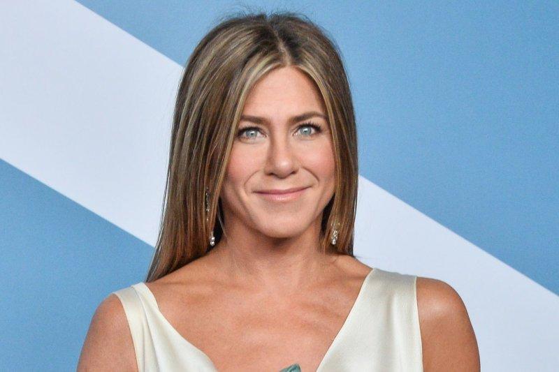 Jennifer Aniston said her pandemic circle consists of Friends co-star Courteney Cox, Jimmy Kimmel and Jason Bateman. File Photo by Jim Ruymen/UPI.