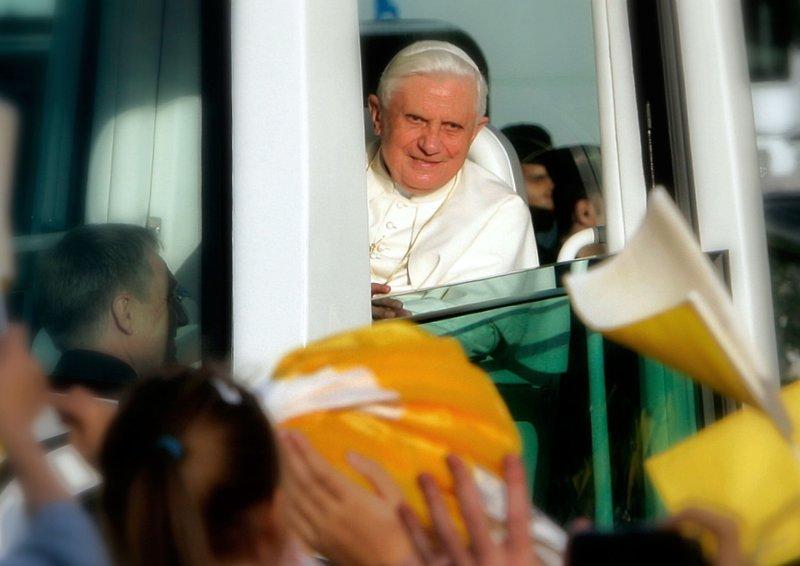 Worshipers salute Pope Benedict XVI in Paris Sept. 12, 2008. (UPI Photo/Eco Clement)