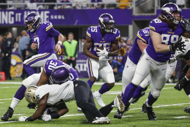 Minnesota Vikings running back Latavius Murray (25) is expected to replace Mark Ingram in the New Orleans Saints backfield in 2019. File Photo by Kamil Krzaczynski/UPI