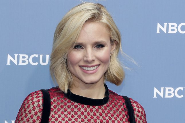 Bad Moms Kristen Bell On Life As A Real Mom I Dont Let Myself