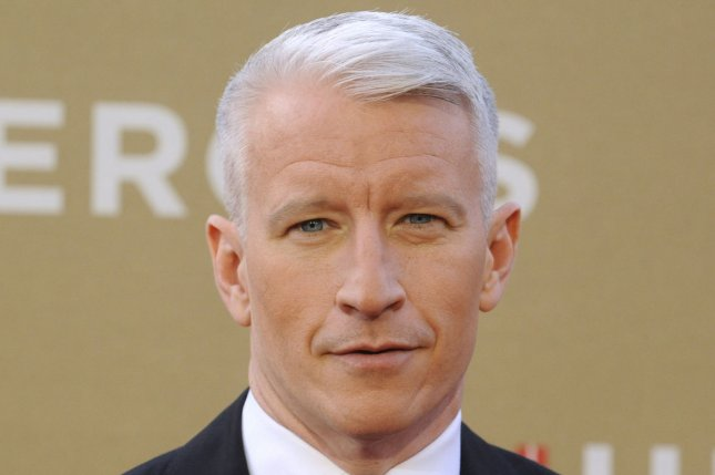 Anderson Cooper says mother Gloria Vanderbilt 'hooked up' with the likes of Frank Sinatra and Marlon Brando. (File/UPI/ Phil McCarten)