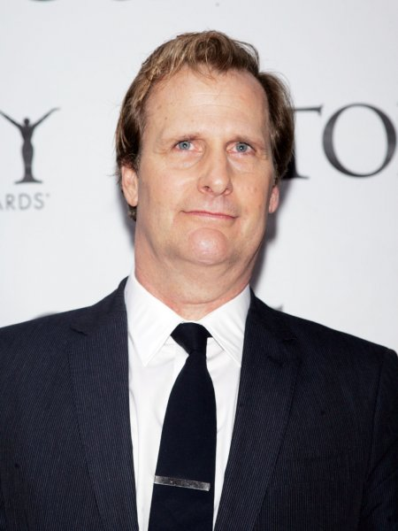 Jeff Daniels arrives for the American Theatre Wing's Antoinette Perry Tony Awards at Radio City Music Hall in New York on June 7, 2009. (UPI Photo/Laura Cavanaugh)