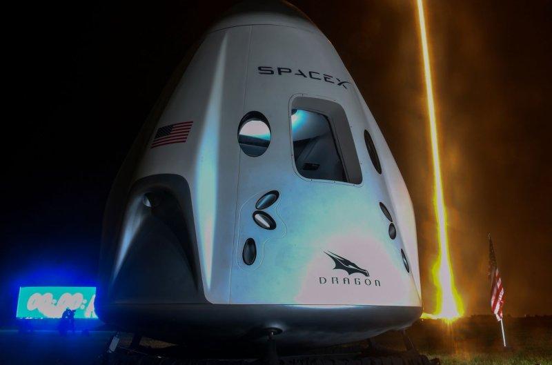 https://cdnph.upi.com/svc/sv/upi/8951605212560/2020/5/6a3f8cacbb2581ecd8640d8c7169e572/SpaceX-NASA-make-history-with-launch-to-space-station.jpg