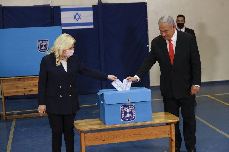 Israel elections: PM Netanyahu again falls short of governing majority