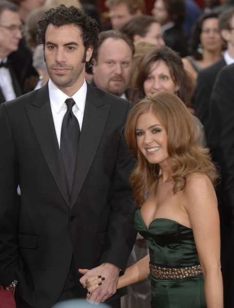 Actor Sacha Baron Cohen and Isla Fisher arrive for the 79th annual Academy Awards at the Kodak Theatre in Hollywood, California on February 25, 2007. (UPI Photo/Phil McCarten)
