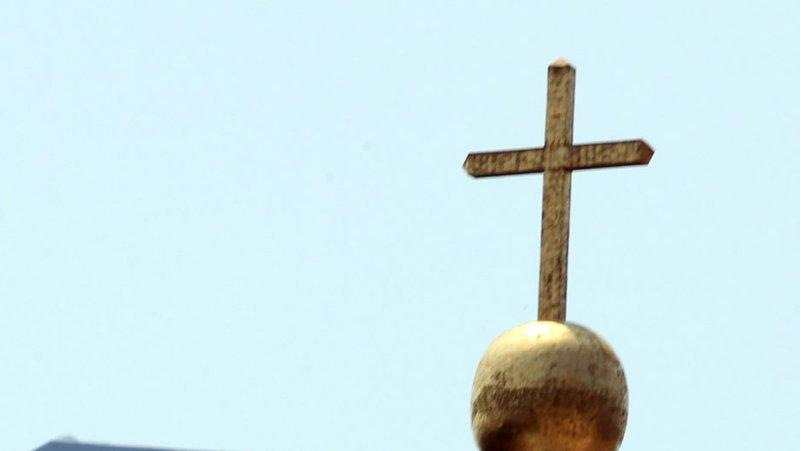 Catholic Priest Indicted On Child Porn Charge - Upicom-5059