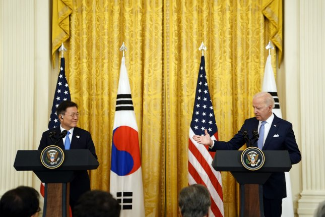 Biden, Moon agree on 'complete denuclearization' but approaches diverge
