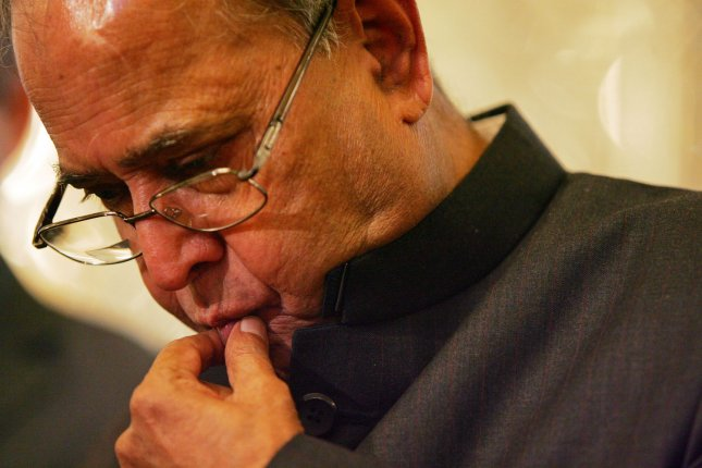 Indian Foreign Minister Pranab Mukherjee gestures during a press conference with his Iranian counterpart Manouchehr Mottaki (not seen) in Tehran, Iran on November 2, 2008. (UPI Photo/Mohammad Kheirkhah)