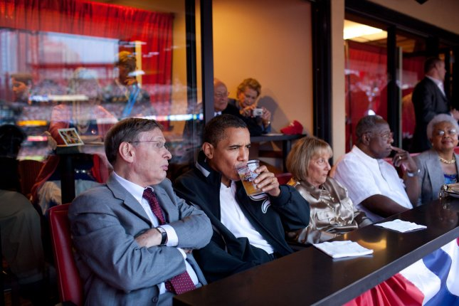 Bud Selig with President Barack Obama and Hank Aaron at the Major League All-Star Game on July 14, 2009. (UPI Photo/Pete Souza/White House)