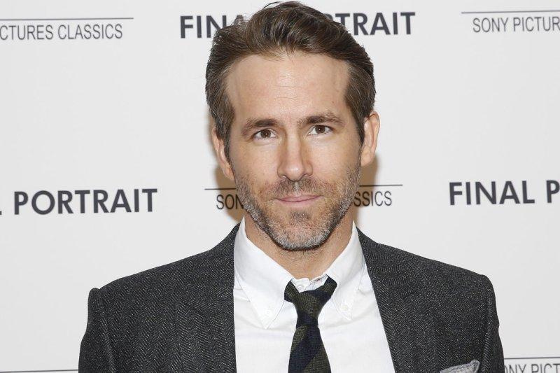 Look: Hugh Jackman, Jake Gyllenhaal prank Ryan Reynolds on