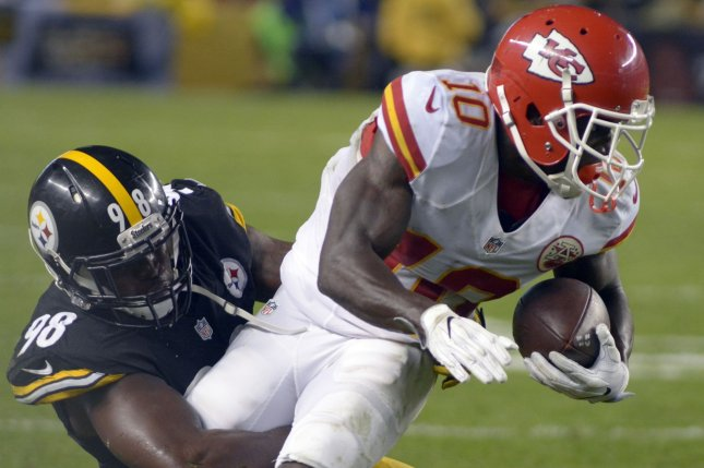 Pittsburgh Steelers inside linebacker Vince Williams (98) brings down Kansas City Chiefs wide receiver Tyreek Hill (10) second quarter at Heinz Field in Pittsburgh on October 2, 2016. Photo by Archie Carpenter/UPI