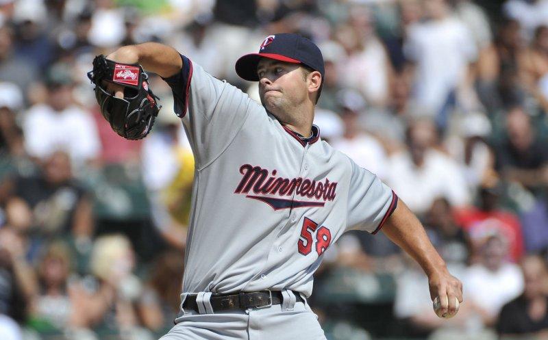 Minnesota Twins pitcher Scott Diamond at U.S. Cellular Field in Chicago, Aug. 31, 2011. UPI/Brian Kersey