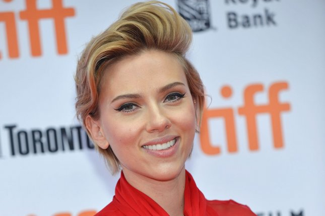 Scarlett Johansson named Forbes' top-grossing actor of 2016