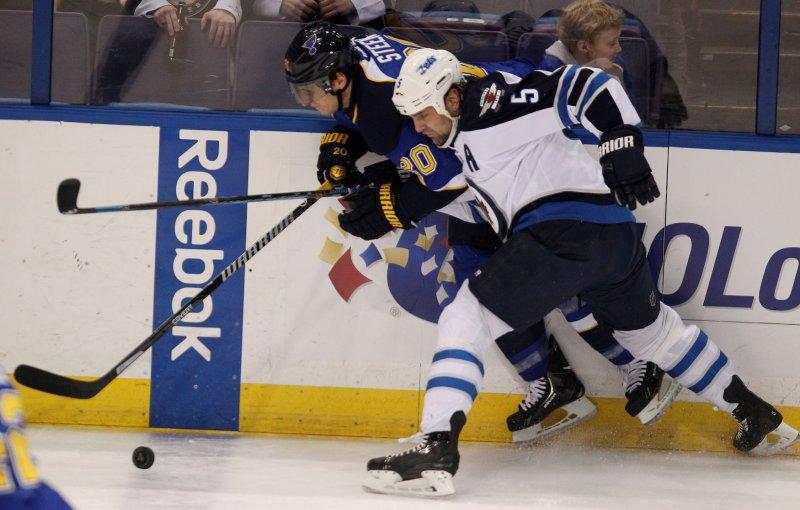 Winnipeg Jets parting ways with Mark Stuart