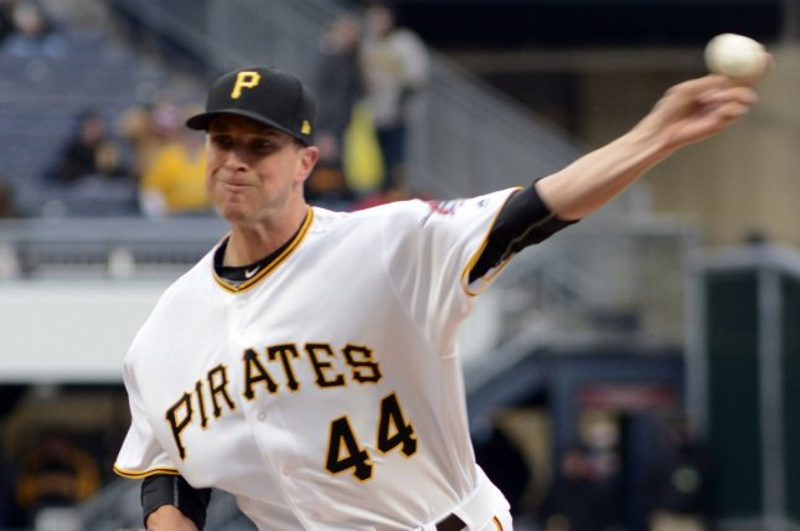Pirates trade Tony Watson to the Dodgers