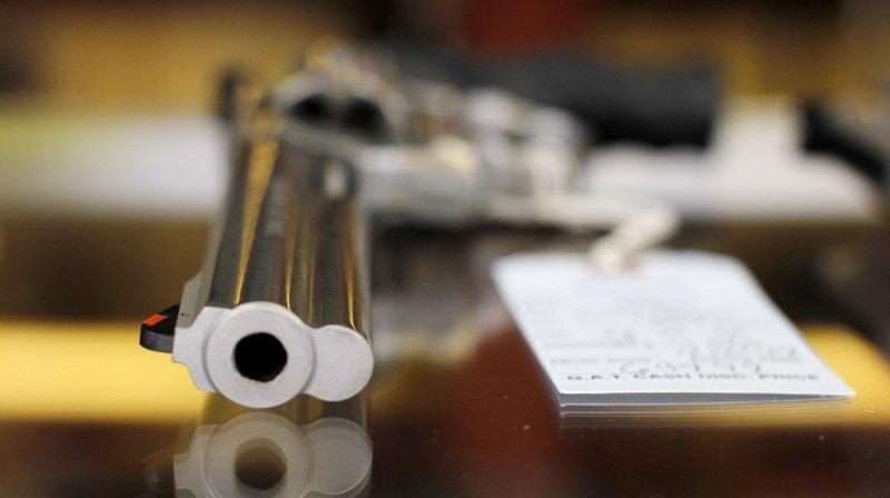 Elementary School shooting prompts celebrity endorsement of gun control on Twitter
