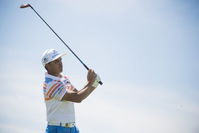 2017 U S  Open Round 1 Update: Rickie Fowler holds first