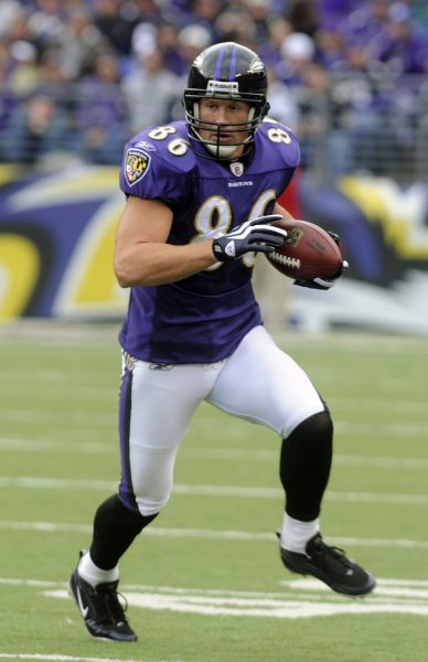 Baltimore Ravens Todd Heap gains 4 yards against the Denver Broncos during the second quarter at M&T Stadium in Baltimore on November 1, 2009. UPI/Alexis C. Glenn